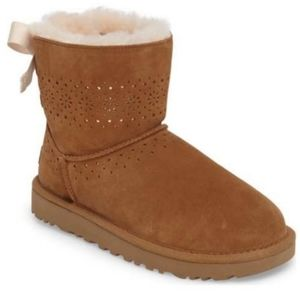 Ugg Dae Sunshine Pull On Wool Lining